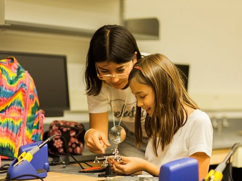 First place winner Electric Girls develops New Orleans-area girls into confident leaders and role models in technology by creating a community where girls can learn STEM skills with and from each other.